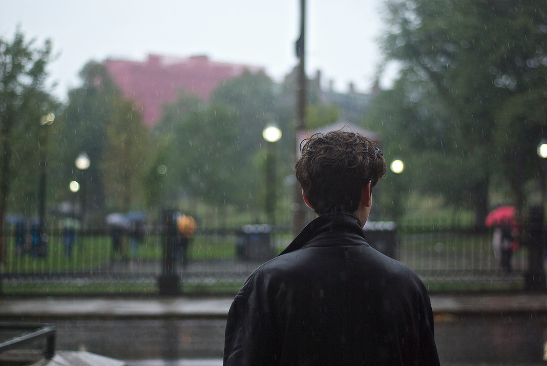 essays about rain man Charlie remembers the incident as early as he could remember and always thought that the person singing to him, (whom the young charlie referred to as the 'rain man' due to raymond's slow-speaking of his own name) was an imaginary character.